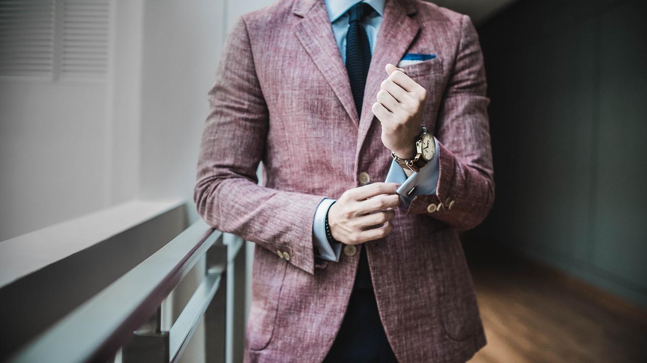 大学生面试时应该怎么穿呢?