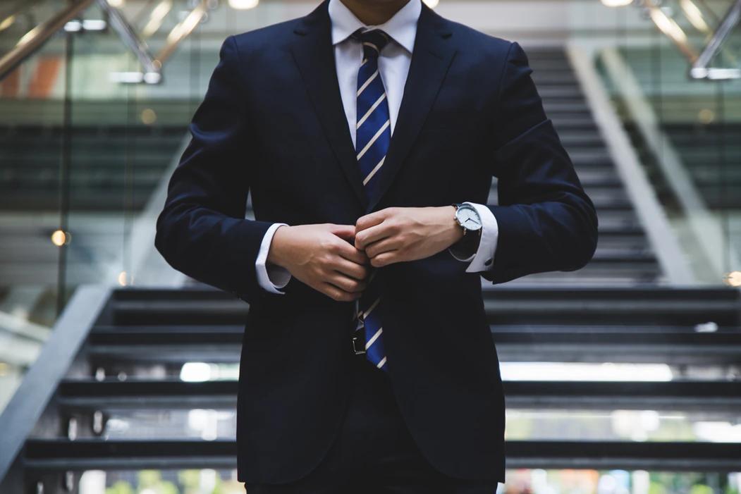 给职场新人上班第一天的建议,学会生存技能很重要!